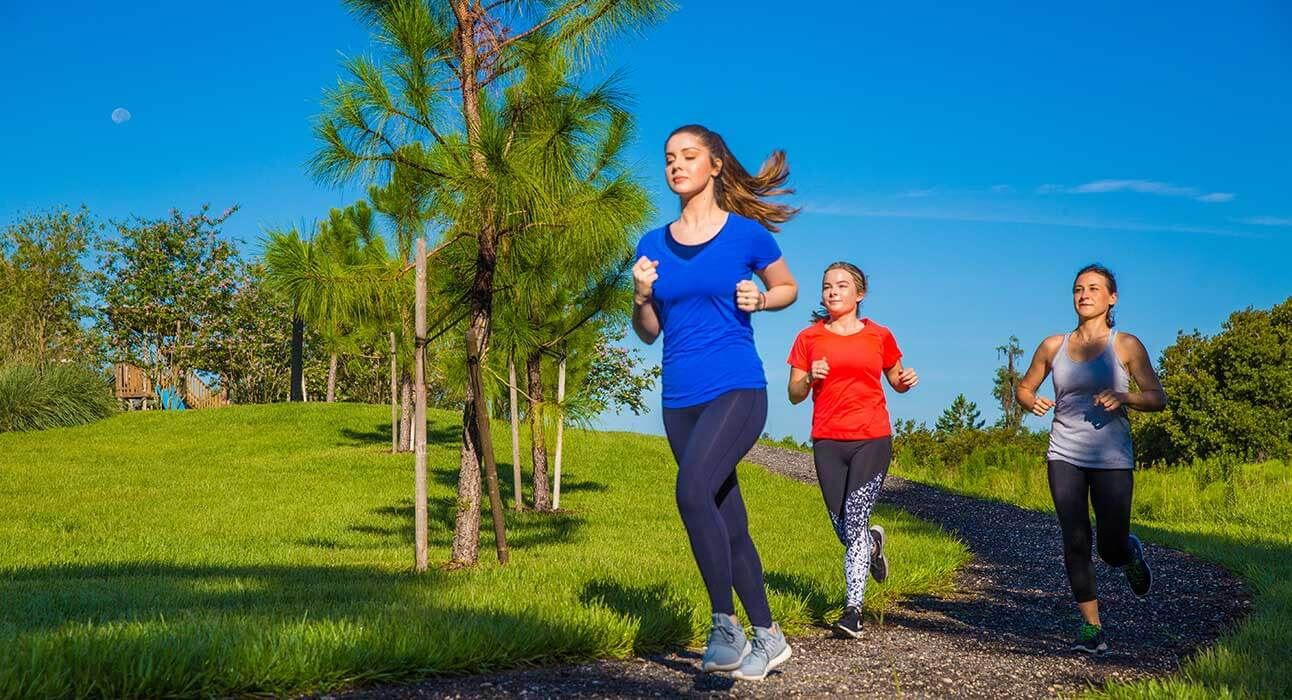 bexley-amenities-trails-women-running