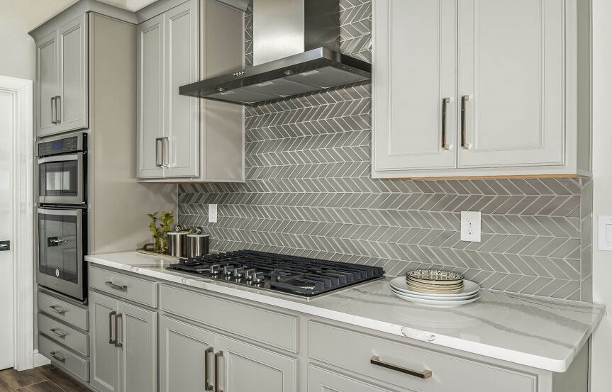 cardel-homes-tampa-bexley-model-home-henley-kitchen-stovetop.jpg
