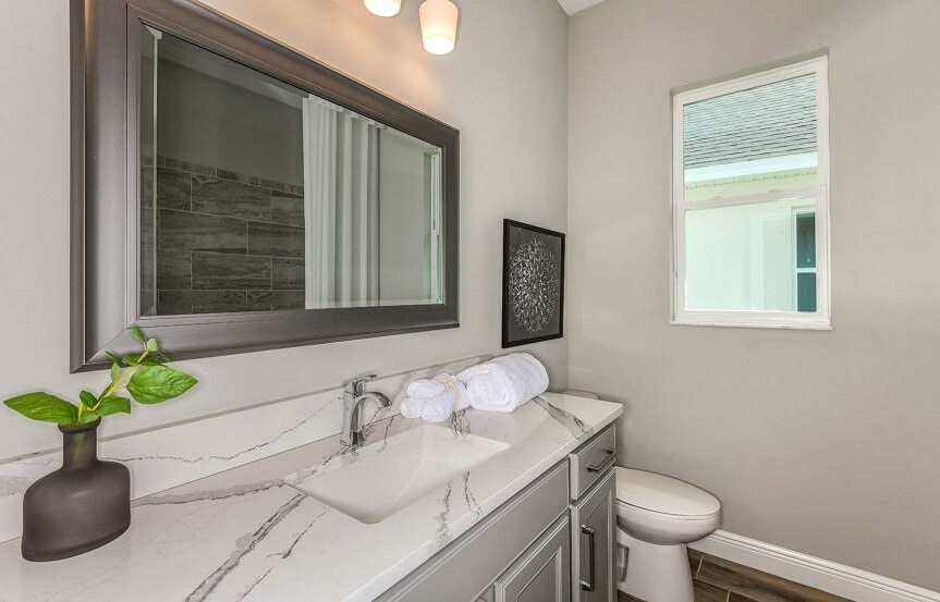 cardel-homes-tampa-bexley-model-home-henley-secondary-bathroom.jpg