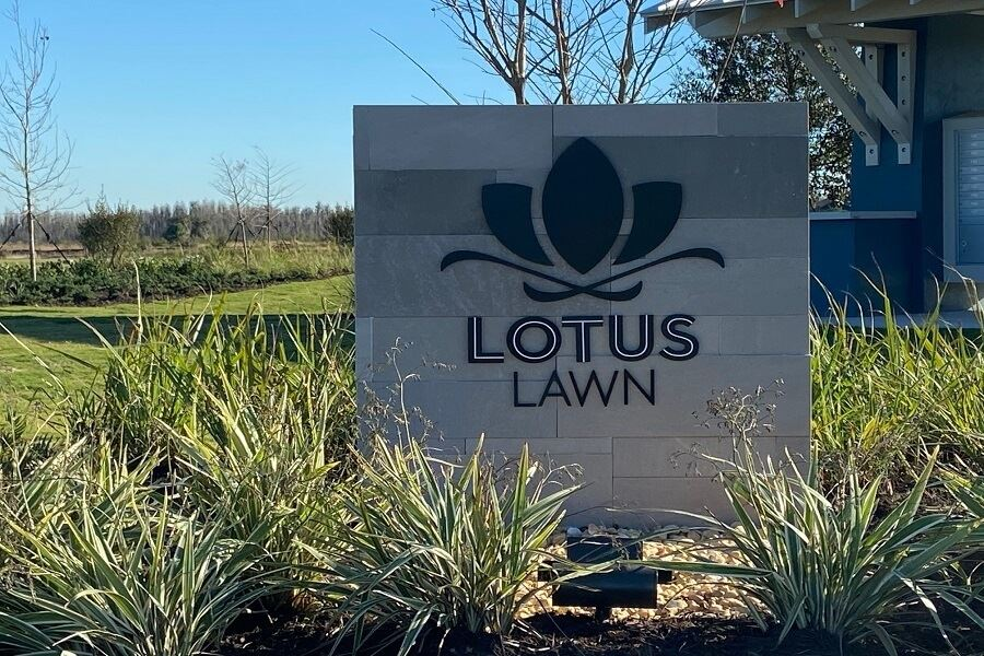 Lotus Lawn monument park in Bexley Land O Lakes, FL